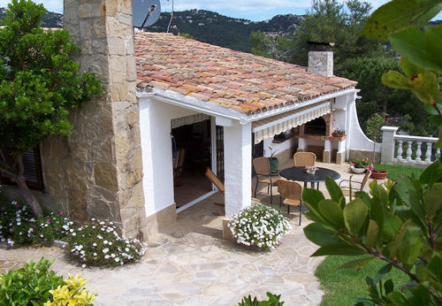 LL 229 Holiday house for 4 persons with sea views and swimming pool in Cala Canyelles Costa Brava