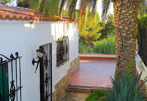 LL 282 Holiday house for 8 persons with swimming pool in Cala Canyelles an der Costa Brava