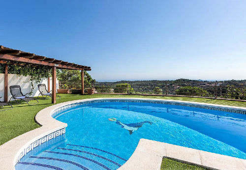 LL 817 Moderne villa for 8 persons with private pool and sea views near Lloret de Mar Costa Brava