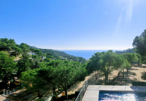 LL 830 Exclusive villa for 8 persons with private pool and sea views Lloret de Mar Costa Brava