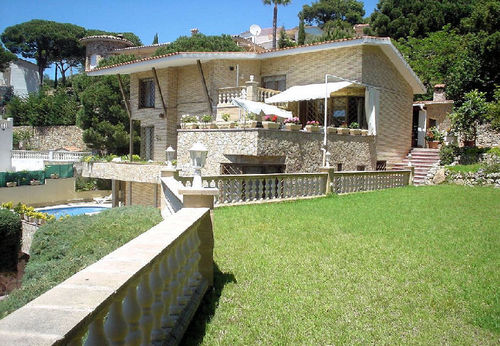 LL 928 Exclusive villa for 12 persons with privat pool and sea views Cala Canyelles Costa Brava