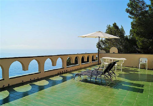 LL 208 Bungalow for 2/3 persons with pool and sea views in Canyelles near Lloret de Mar Costa Brava
