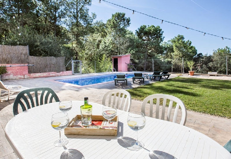 LL 818 Villa for 8 persons with private pool near Lloret de Mar on the Costa Brava
