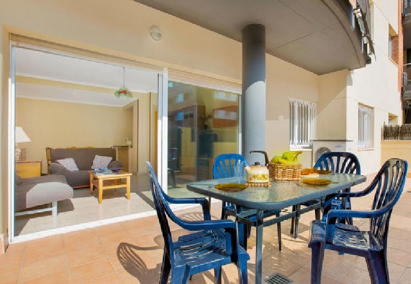 LL 132 Apartment for 4/6 persons with swimming pool in Lloret de Mar, Fenals Costa Brava
