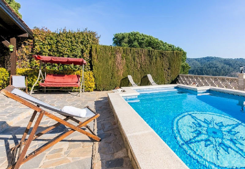 LL 812 Holiday villa for 8 persons with private pool on the Costa Brava near Lloret de Mar
